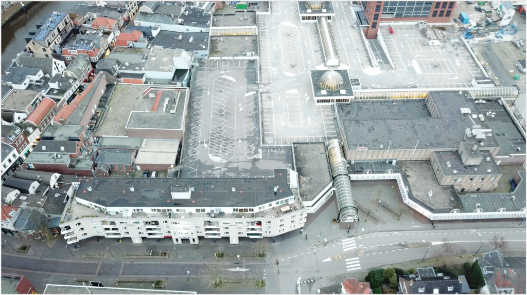 Drone shot van De Aarhof - Alphen aan den Rijn