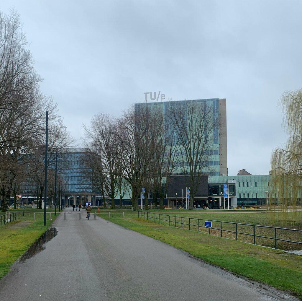 Het Vertigo gebouw van de Technische Universiteit Eindhoven